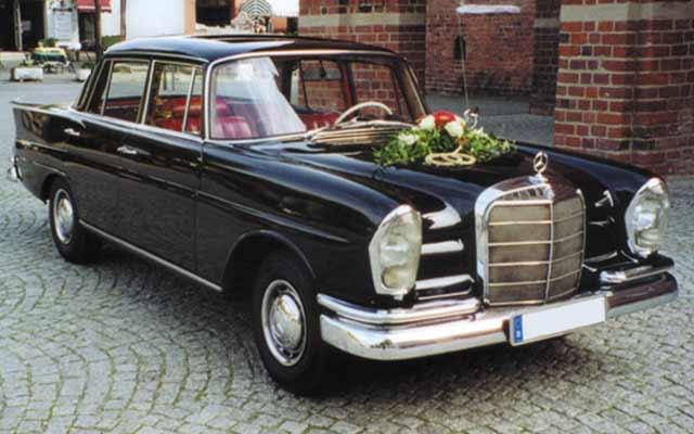 Mercedes 220 SE